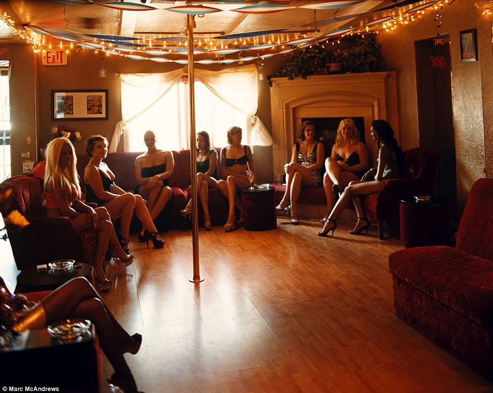 Дом с проститутками индивидуалки актюбинск